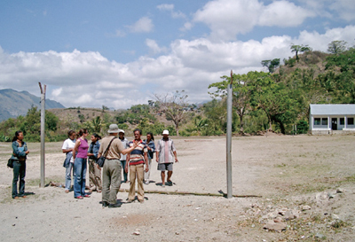 A visit to one of the bases of the former Portuguese colonial troops in the East Timor's interior. The Japanese troops occupied this area and used the base.