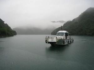 亜熱帯湖(台湾・翡翠水庫)での調査