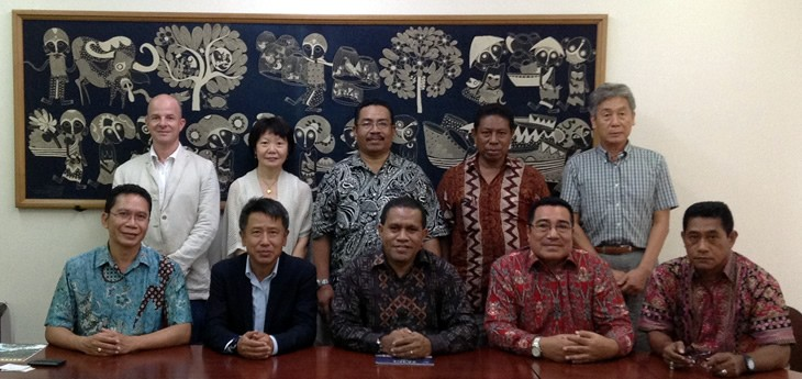 CSEAS staff and delegation from Pattimura University