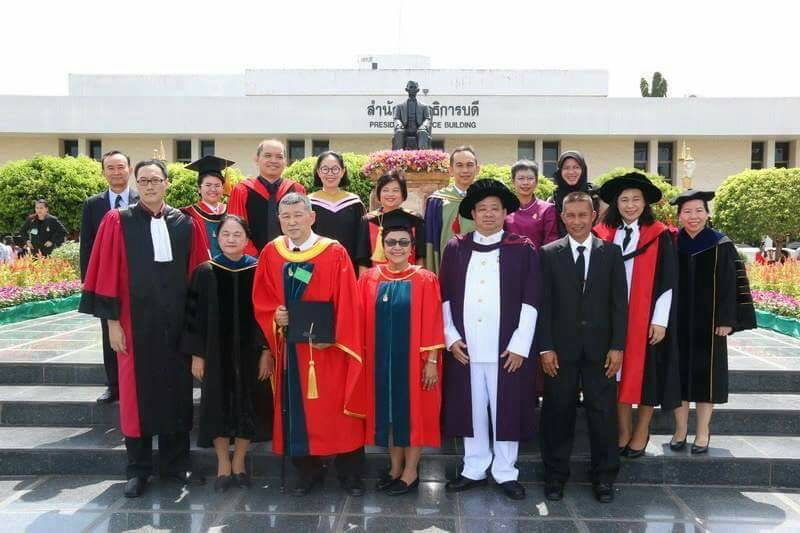 no-3_vips-of-graduation-ceremony-of-5-grantees-of-honorable-doctor-degree-nishibuchi-was-the-only-foreigner